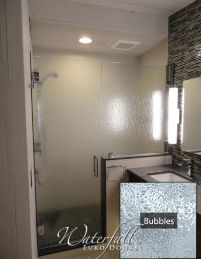door_panel_bubbles
